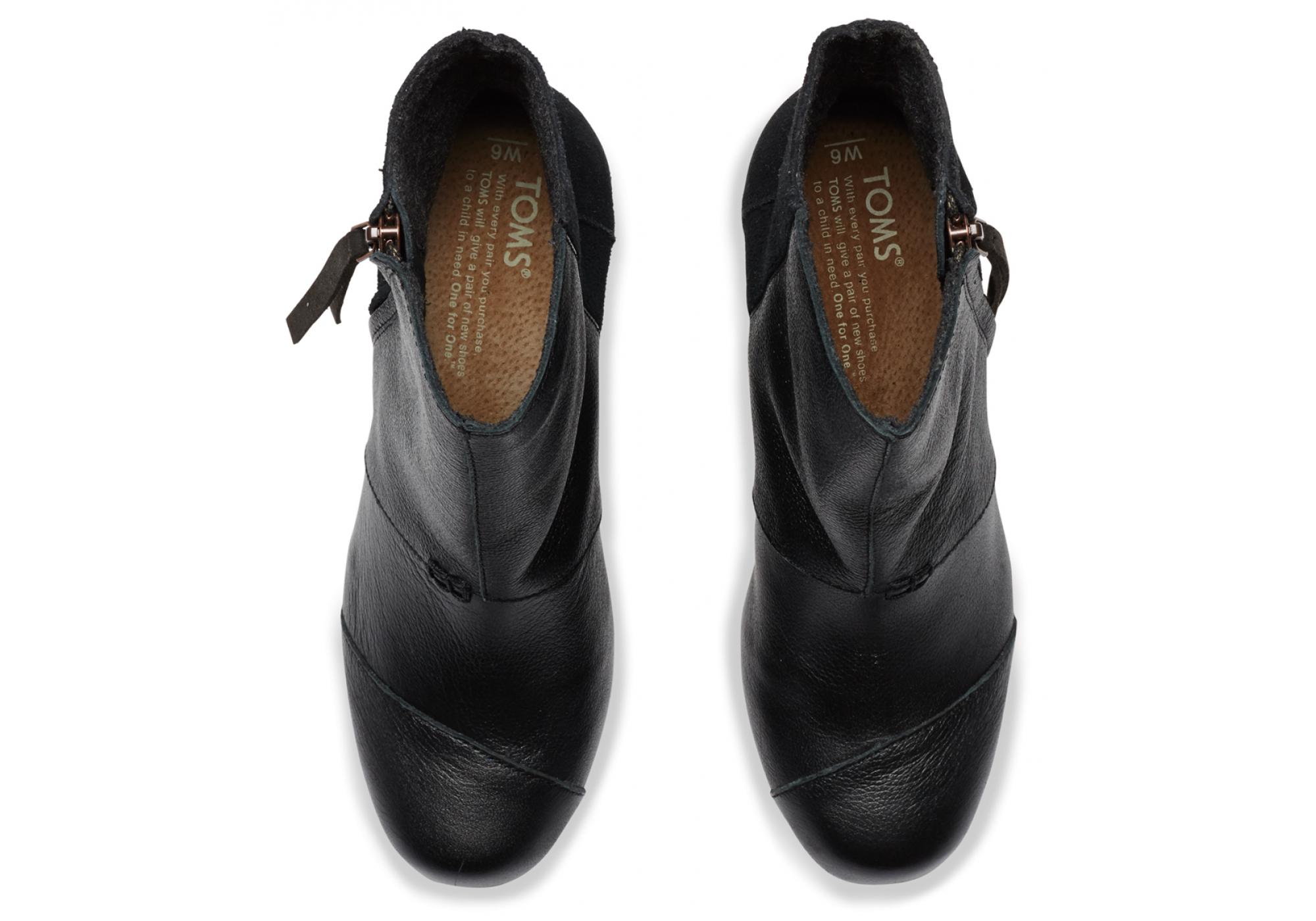41d297c4c7bb2 URBANLUX   Černé dámské kožené boty na klínku TOMS