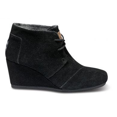 Černé dámské semišové boty na klínku TOMS