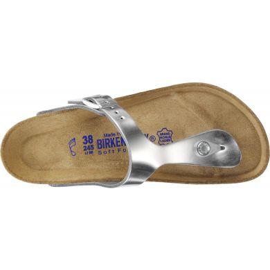 Stříbrné pantofle Birkenstock Gizeh Metallic Leather