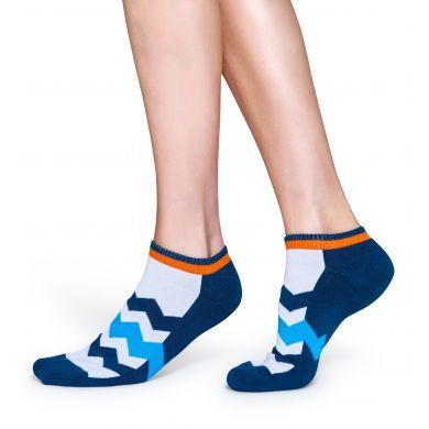 Nízké modro-bílé ponožky Happy Socks se zubatými pruhy, vzor ZigZag Stripes // kolekce Athletic