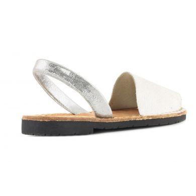 Basic Minorca Style White