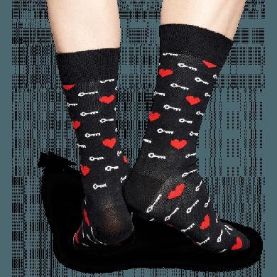Černé ponožky Happy Socks se srdíčky a klíčky, vzor Key to my heart