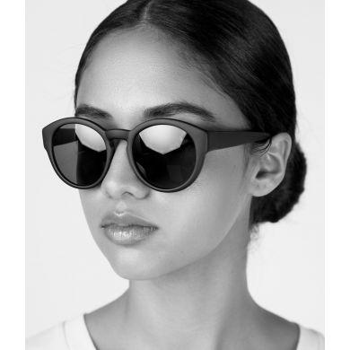 Černé sluneční brýle Matt & Nat Yan